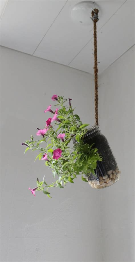 Hanging Planters Diy by 25 Lovely Diy Hanging Planters