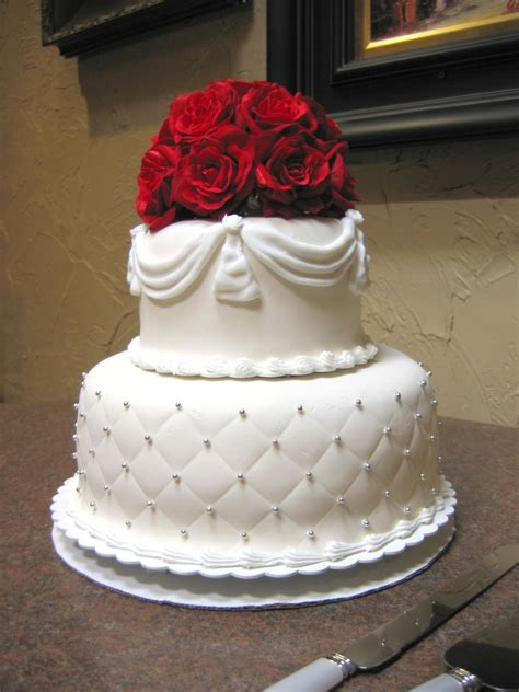 Wedding Cakes For Small Weddings by Small Wedding Cake Designs Wedding And Bridal Inspiration