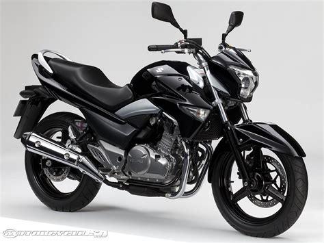 suzuki street bike models  motorcycle usa
