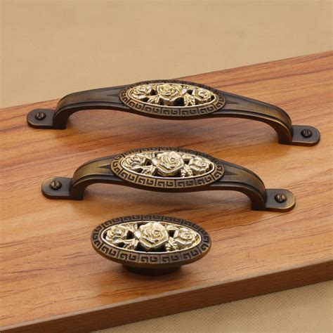 Antique Drawer Pulls Knobs by Antique Kitchen Door Handles Cabient Knobs And