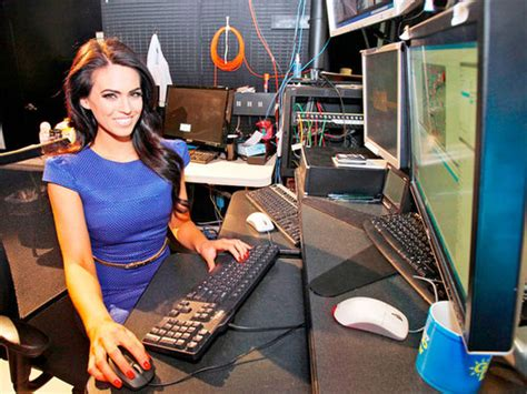 Nesn Sports Desk by 5 Sportscasters And Sports Reporters
