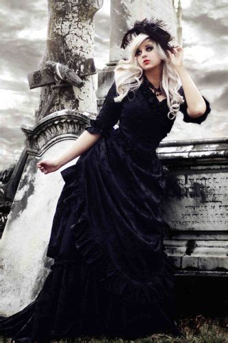 victorian gothic gothic jewelry style for getting married darkly
