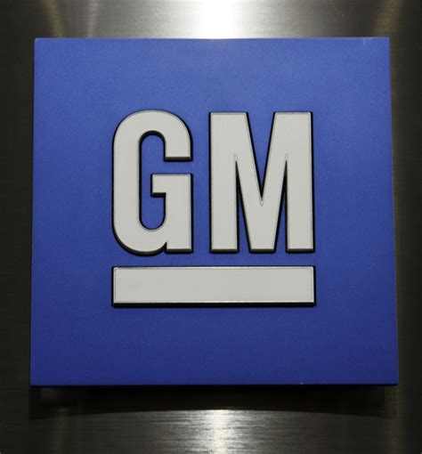 Gm Ignition Switch Recall Part Number Gm Adding 971 000 Vehicles To Ignition Recall Daily Mail
