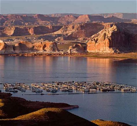 lake powell ski boat rentals wahweap wahweap marina boat rentals jet skis watercraft tours