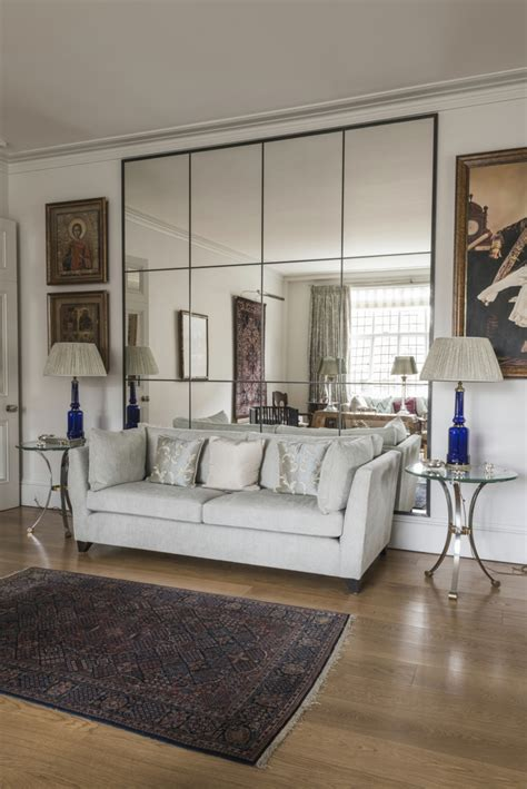 wand mit spiegel gestalten spiegel im wohnzimmer modelle und sch 246 ne ideen f 252 r die