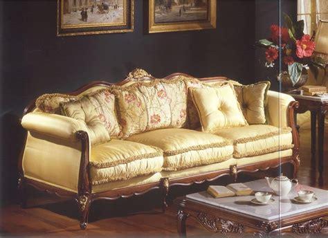 halbrunde sofas im klassischen stil drei sitzer sofa f 252 r luxus im klassischen stil wohnzimmer