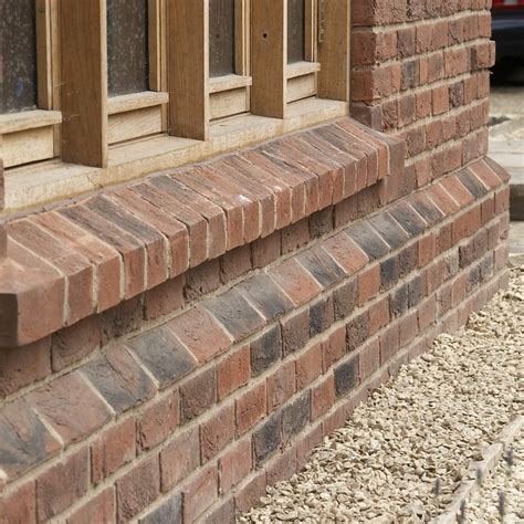 Corbelling Detail Plinth Bricks N R Taylor