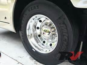 Trailer Tire Buying Guide Rv Tires Care And Maintenance Guide Michelin Rv Tire Photo 1