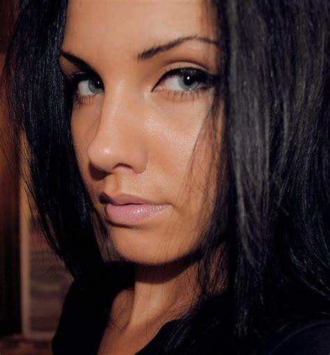 brunette hairstyles with blue eyes beautiful black hair blue eyes brunette cateye image