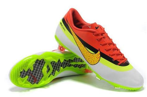 ronaldo new football shoes cristiano ronaldo s new football cleats nike mercurial