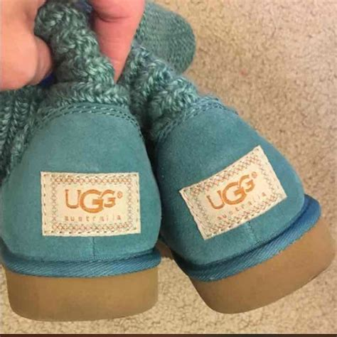 sweater knit uggs ugg like new sweater knit uggs from s closet on