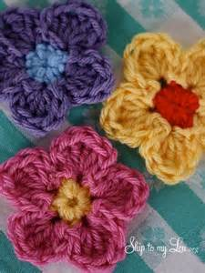 Free Easy Flower Crochet Patterns - gallery for gt easy crochet flower pattern for beginners