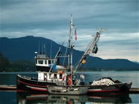 salmon fishing boat jobs jobs on alaska purse seining boats how seiners work