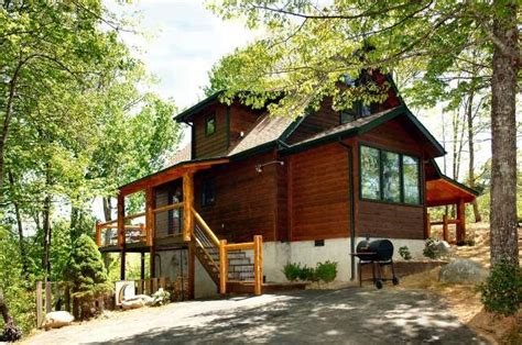 gatlinburg 2 bedroom cabins 51 best two bedroom cabins images on pinterest