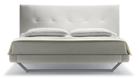 poltrona frau bari divani frau offerte divano pelle nera poltrona frau