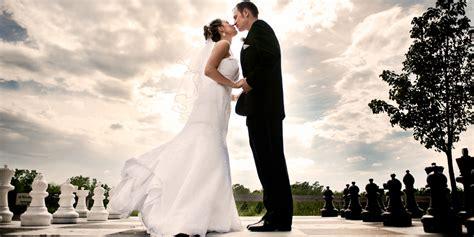 wedding photos ways to save money in your wedding budget efinancial resource center