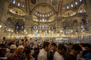 eid al fitr turkish muslims offer eid al fitr prayers getty images