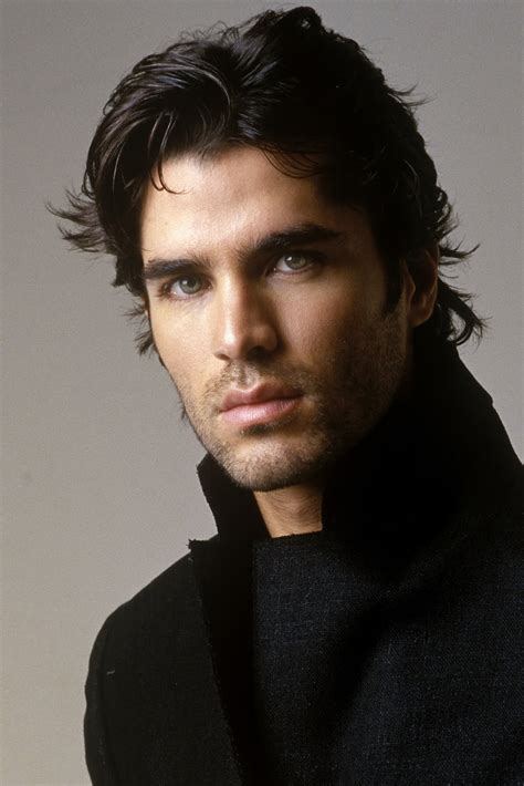 handsome actor with blue eyes metrosexualism eduardo verastegui