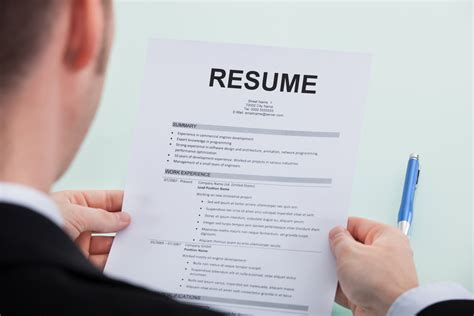 4 ways to celebrate update your resume month careerealism