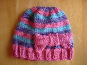 Fiber flux free knitting pattern super pink toddler hat