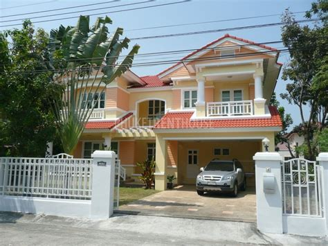 land and house cha4602 house in phuket at land and houses park in chalong for rent phuket rent house