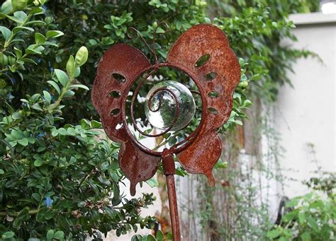Gartendeko Holz Und Glas by Gartendeko Schmetterling Glas Und Metall