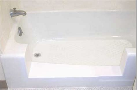 30 inch wide bathtub bathtubs for the elderly and disabled reversadermcream com