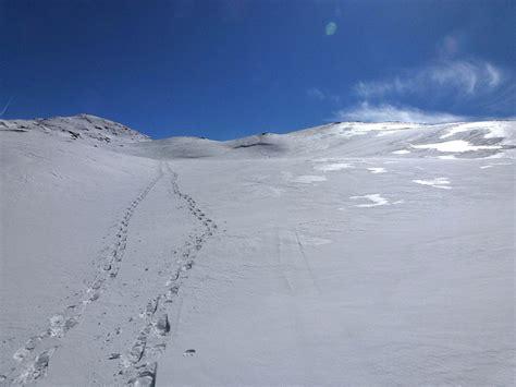 einsame hütte im schnee mieten einsame spuren im schnee fotos hikr org