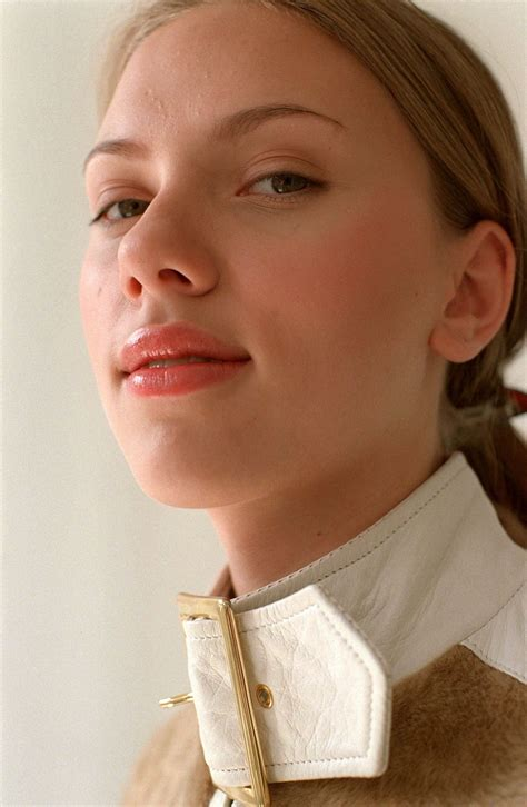 scarlett johansson young scarlett johansson at elizabeth young photoshoot 2002