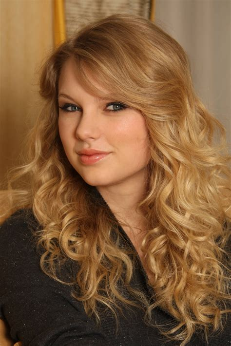 taylor swift hairstyles for curly hair hairstyle photo taylor swift long curly hairstyle