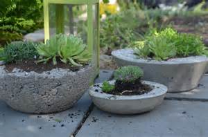 Concrete Planters by Rustic Chic Diy Concrete Planters