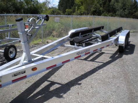 yacht club boat trailers for sale 2012 yacht club tri axle 28 31 ft 14300 lb boat trailer in
