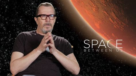 gary oldman youtube interview gary oldman interview the space between us 2017 youtube