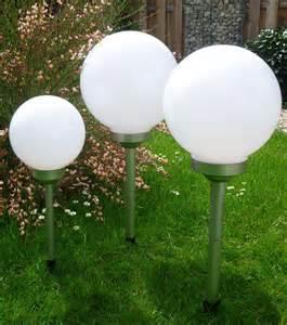 solar kugelleuchte garten solar led kugelleuchte 3er set 30 25 20 cm gartenkugel