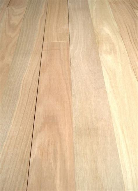 henry county hardwoods unfinished solid red oak hardwood flooring 1 common 3 4 inch thick x 3 1