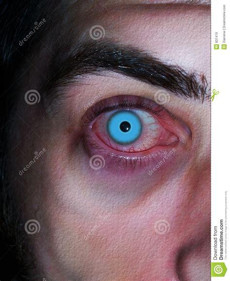 imagenes ojos llorando sangre viro de ojos azules im 225 genes de archivo libres de
