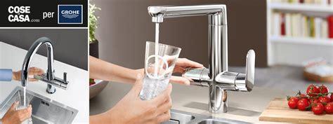 acqua gassata dal rubinetto in cucina acqua fresca liscia o gassata direttamente dal