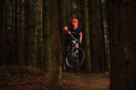 Solo Fast Money Win - hero legend brother flow mountain bike flow