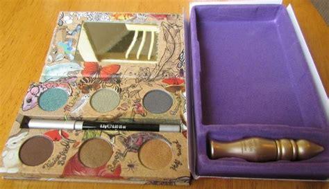 Decay Vegan Deluxe Eyeshadow by Decay Vegan Eye Shadow Palette