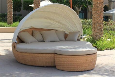 Daybed Outdoor Furniture New Outdoor Daybed Reaches The Pacific Islands