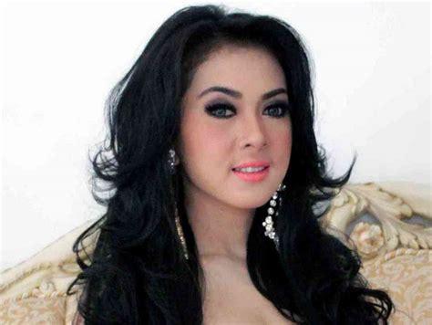 wanita tercantik indonesia foto dan profile