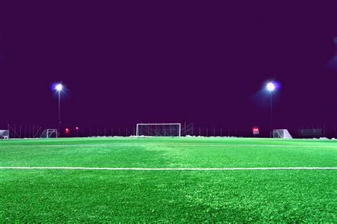 beleuchtung rasen stadion kostenlose bild fu 223 feld scheinwerfer stadion