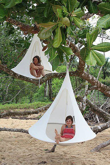 cool swings for trees half tent half tree swing these cool cacoons 293 424