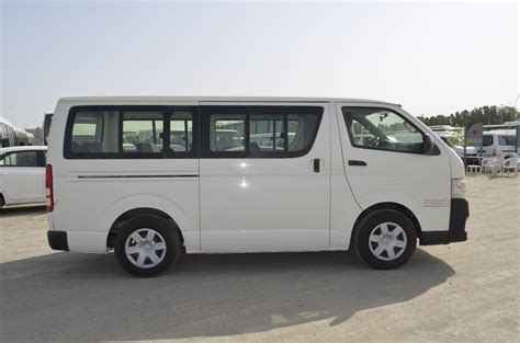 Toyota 15 Seater Toyota Hiace 15 Seater Passenger Steer Well Auto