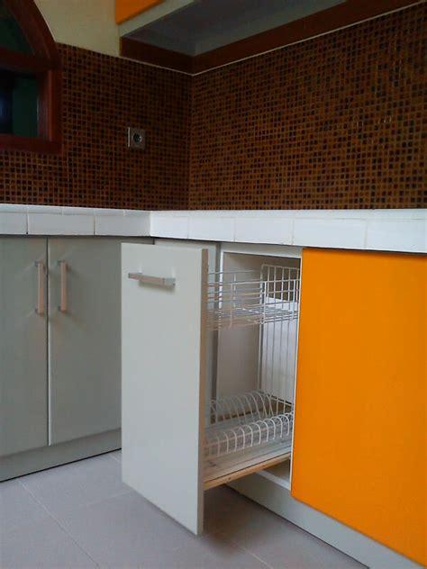 Rak Piring Gantung Kitchen Set terima pembuatan kitchen set minimalis dan mewah