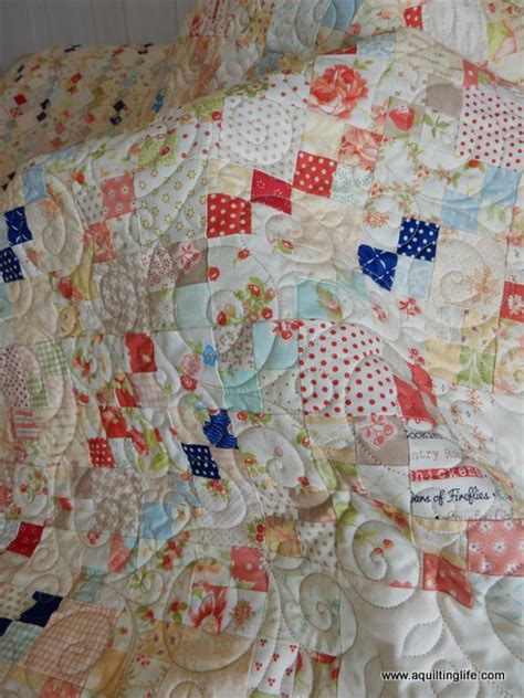 American Patchwork Quilting Patterns - scrappy patchwork quilt finish a quilting a quilt