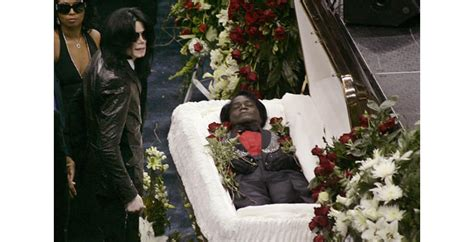 celebrity casket photos photos of celebrity open casket funeral that will shock you