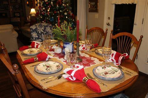farmhouse christmas tablescape   christmas message belle bleu interiors