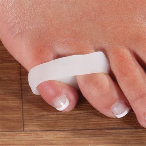 Toe Separator 1 Set Isi 2 toe buddy set of 2 toe spacers toe separator walter
