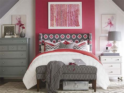 winged bedroom 91 best images about bedroom furniture on pinterest